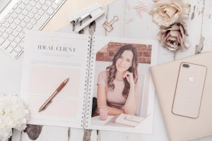 kate-sharp-personal-branding-flatlay-photographer